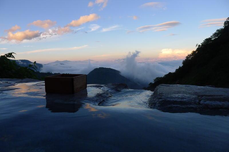 白馬岳から鑓温泉へ (2012)